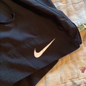 Nike Shorts - Nike Shorts 2 in 1